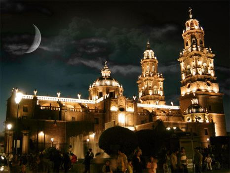 Michoacan and the Moon by 3pepe3