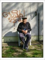 Portrait of an elderly man by xGrabx