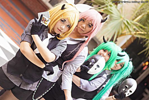 Vocaloids- Poker Face Ver. by Azunatsu