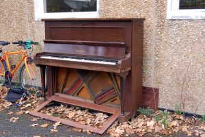 285 - piano by lonesome-stock