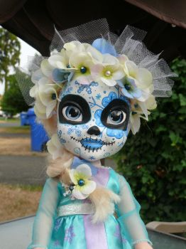 Sugar Skull Elsa all done by Fallonkyra