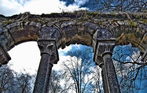 HDR Pillars by StiligeCecilie