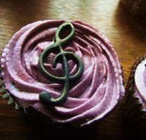 Treble Clef Music Cupcake by SusansCakery