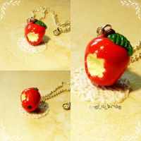 Snow White Apple Commission by oOMetalbrideOo