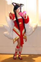 Ahri by Goldendracox