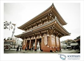 Senso-ji Shrine by IcemanUK