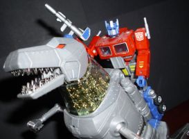 Transformers - Grimlock and Prime by CyberDrone