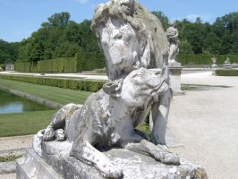 Stone Lions by ExiledChaos