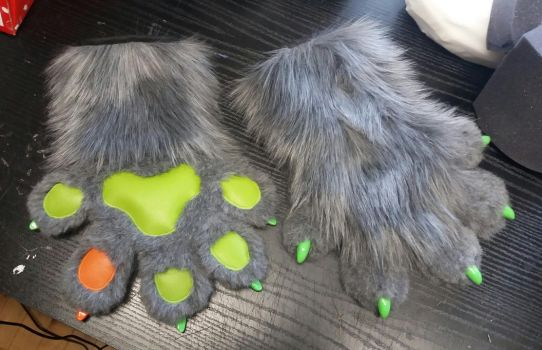 Paws for Dougie by TheKareliaFursuits