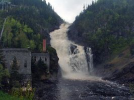 Ouiatchouan falls by Avaloniteaa