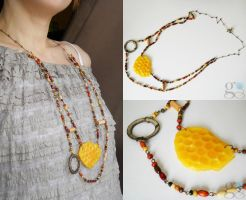 Honey comb necklace by GemDeDude