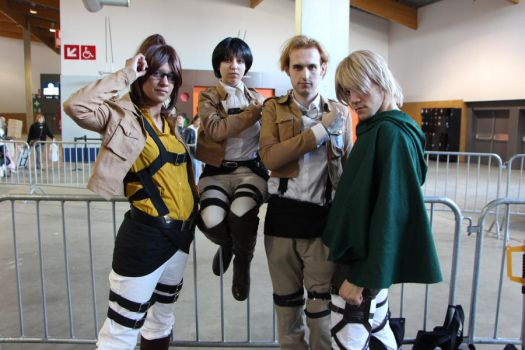 Shingeki No Kyojin Group 02 by Syl-Chan08