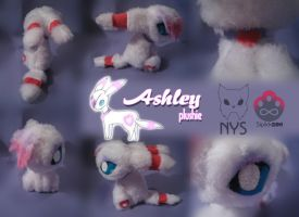 Ashley plushie by Siplick