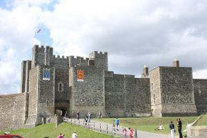 the main dover castle by loobyloukitty
