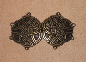 Cape clasp by akinra-workshop