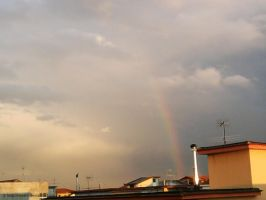 Somewhere over the rainbow by Rosshi