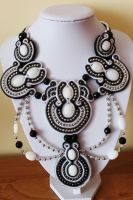 Necklace soutache by GosiaBizu