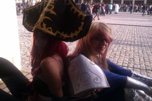 Lux and Miss Fortune Cosplay by Byrsa
