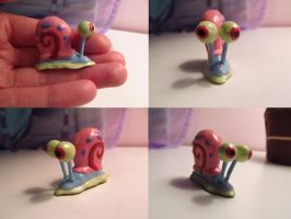 Gary the Snail Sculpture by koshplappit