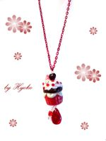 Love Cupcake Necklace by Hyo-pon