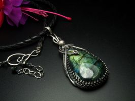 Forest Fairy - Labradorite Pendant by FILIGRY