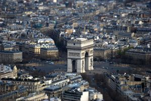 Arc de Triomphe by rdevill