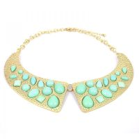 Mint Green Collar Necklace by tracylopez