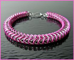 Hot Pink - Chainmaile Bracelet by MajorTommy