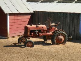 tractor by robhas1left