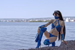 Mortal Kombat 9 cosplay Kitana by Jane-Po