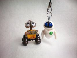 Wall e and Eve by stevoluvmunchkin