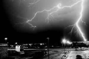 Lightning within 5 by FlukieW