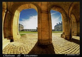 vincennes castle by bracketting94