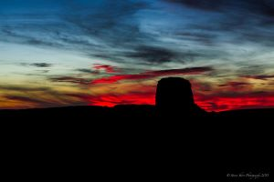 Monument Valley Sunset by Mac-Wiz