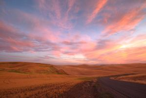 Palouse Sunset 18 by krovakny