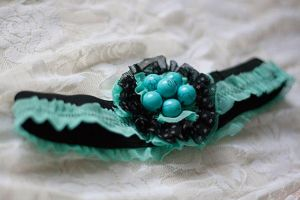 the garter for a pretty lady by nasinix