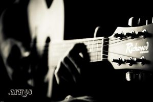 .Guitar by Trianglis