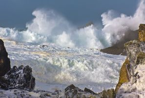 wild winter waves by cprmay