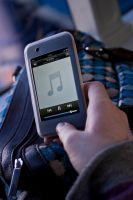 iPod Touch by TonallyTormented