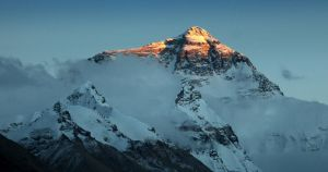 Everest at sunset - II by Suppi-lu-liuma