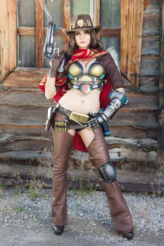 Female Mccree!!! by andyrae