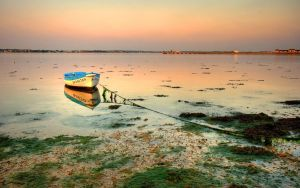 lonely boat_hd by ishaque by ishaque87