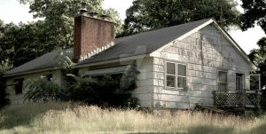 abandoned House in NJ by PAlisauskas