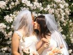 Kissing brides 2 by uchimakiPro