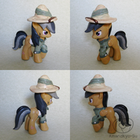 Daring Do Custom: Extra Cool Edition by Amandkyo-Su