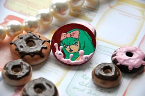 Brooch 6 by Rinnanine