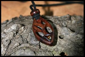 Tree Pendant II by Hluthvik