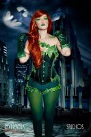 Poison Ivy Cosplay by starryeyedq