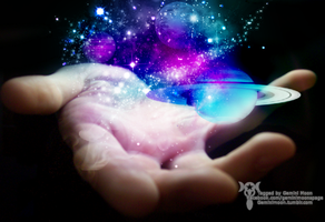 The Galaxy in your hands by Kristinastar