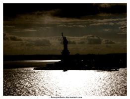 Liberty 2 by fotosynthetic